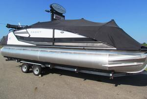 New Crest Savannah 250 SLRCSavannah 250 SLRC Pontoon Boat For Sale