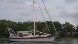 Used C&s Yachts 44 Walk Over Cruiser Sailboat For Sale