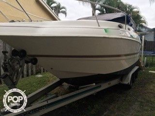 Used Larson 254 Mid Cabin Express Cruiser Boat For Sale