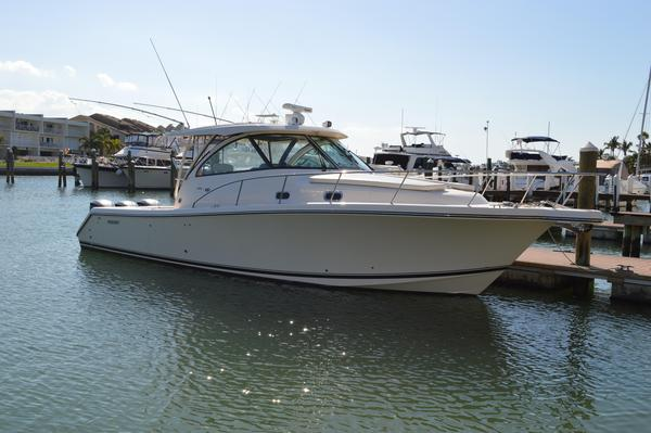 Used Pursuit OS 385 Offshore Express Cruiser Boat For Sale