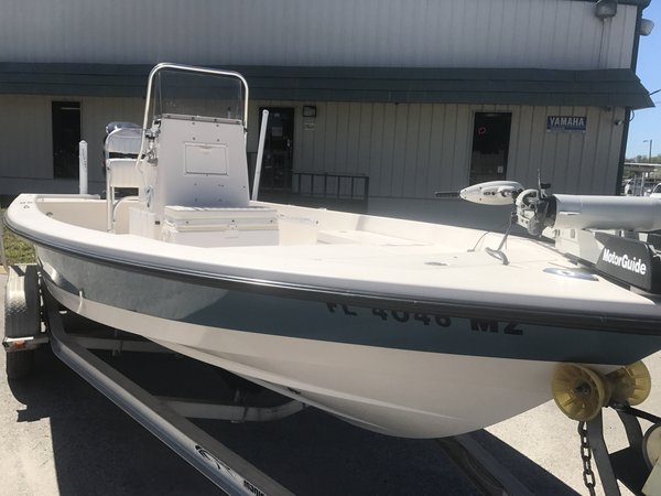 Used Pathfinder 2200 Tournament Bay Boat For Sale