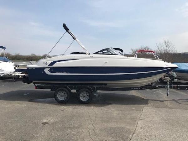 New Bayliner 215 Deckboat215 Deckboat Deck Boat For Sale