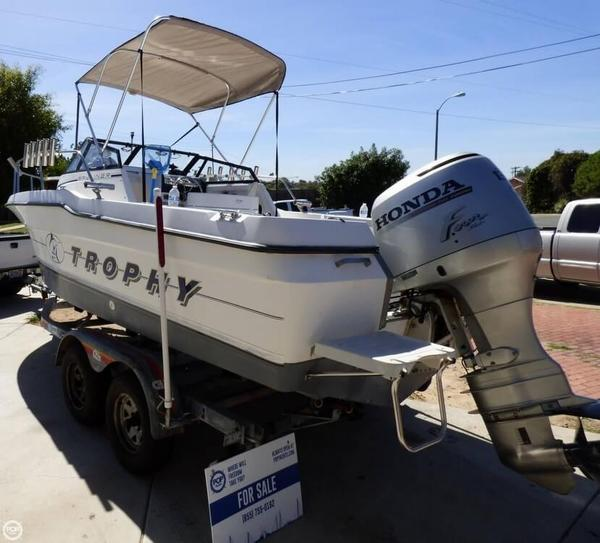 Used Bayliner Trophy 2002 WA Walkaround Fishing Boat For Sale