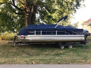 Used Bennington 2275 GFS Motor Yacht For Sale