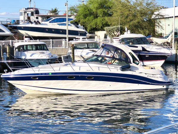 Used Four Winns V375 Cruiser Boat For Sale