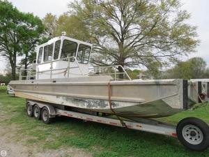 Used Hankos 30 Vee Barge Boat For Sale