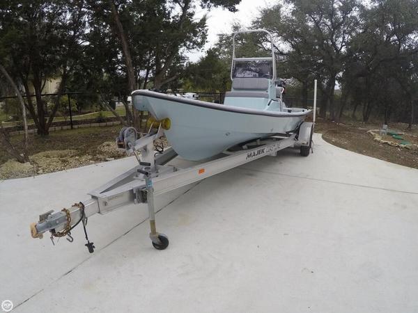 Used Majek Texas Slam 21 Center Console Fishing Boat For Sale