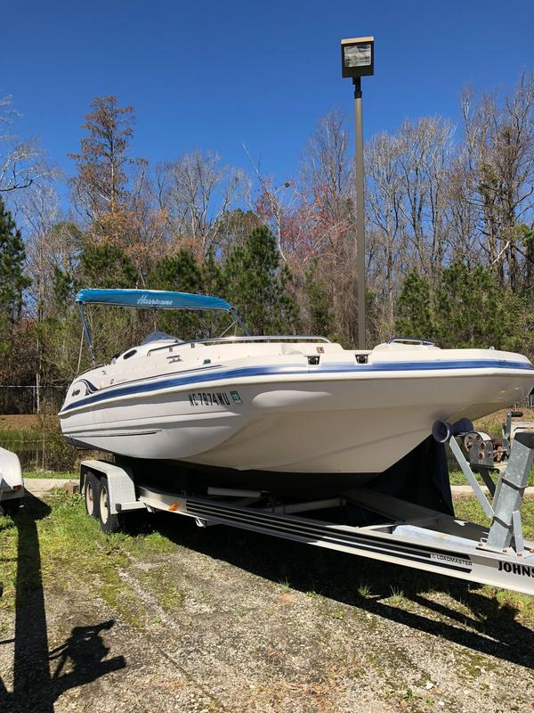 Used Hurricane FunDeck GS 232 OB Deck Boat For Sale