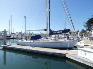 Used J Boats 41 Racer and Cruiser Sailboat For Sale