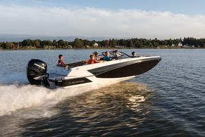 New Glastron GTD 220 Deck Boat For Sale