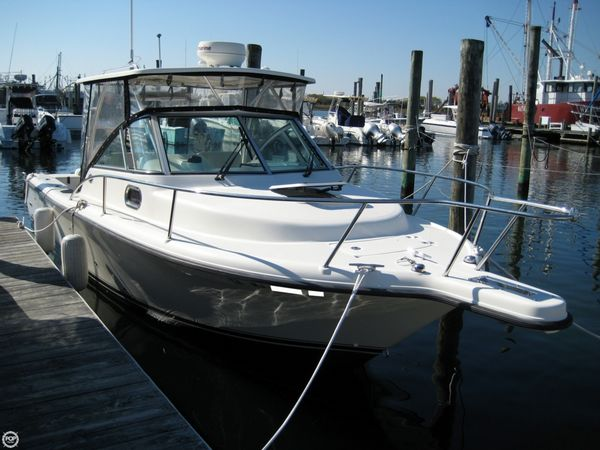 Used Pursuit 2570 Offshore Walkaround Fishing Boat For Sale