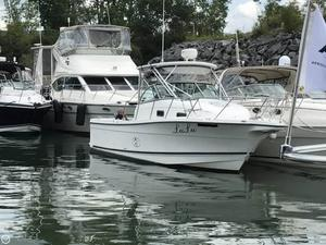Used Trophy 2802 Walkaround Fishing Boat For Sale