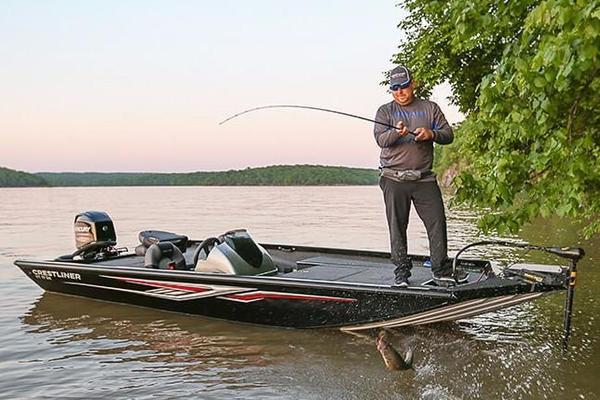 New Crestliner VT 17 Bass Boat For Sale