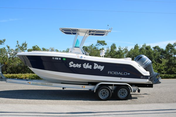 Used Robalo Center Consoles R222 Center Console Fishing Boat For Sale