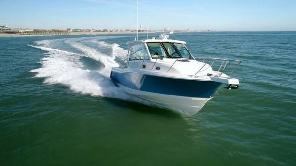 New Boston Whaler 345 Conquest345 Conquest Walkaround Fishing Boat For Sale