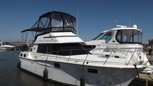 Used Carver 3207 Aft Cabin Motor Yacht For Sale