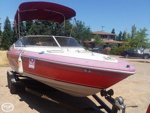 Used Sea Ray 22 Pachanga Ski and Wakeboard Boat For Sale