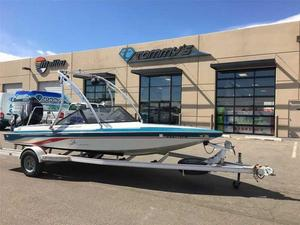 Used Centurion Warrior Barefoot Cuddy Cabin Boat For Sale