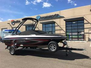 Used Larson LSR 2000 Ski and Wakeboard Boat For Sale