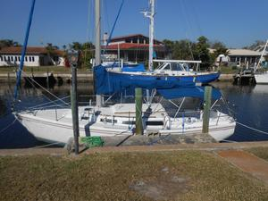 Used Catalina 30 Cruiser Sailboat For Sale