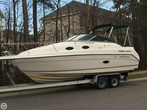 Used Regal 258 Commodore Express Cruiser Boat For Sale