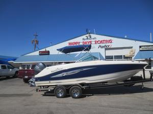 Used Nauticstar 223 DC Bowrider Boat For Sale