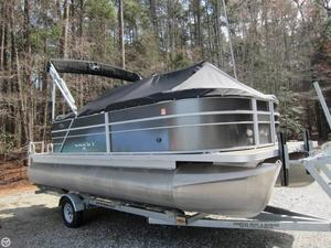 Used Crest I 200 Pontoon Boat For Sale