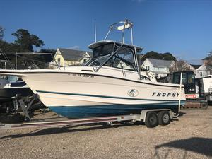 Used Bayliner TROPHY 2352 Saltwater Fishing Boat For Sale
