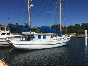 Used Corsair Custom 48 BREEZE Motorsailer Sailboat For Sale