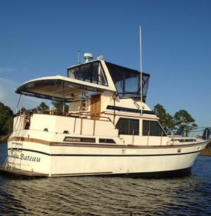 Used President 43 Sundeck Motor Yacht For Sale