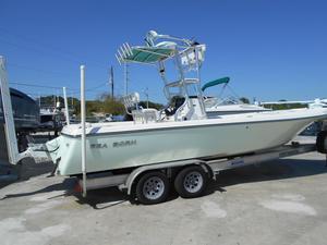 Used Sea Born FX25 Bay Boat For Sale