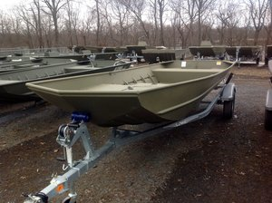 New Lowe L1852MT Aura Jon Boat For Sale