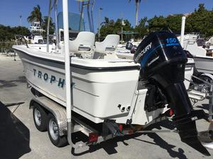 Used Trophy 2103 CC2103 CC Center Console Fishing Boat For Sale