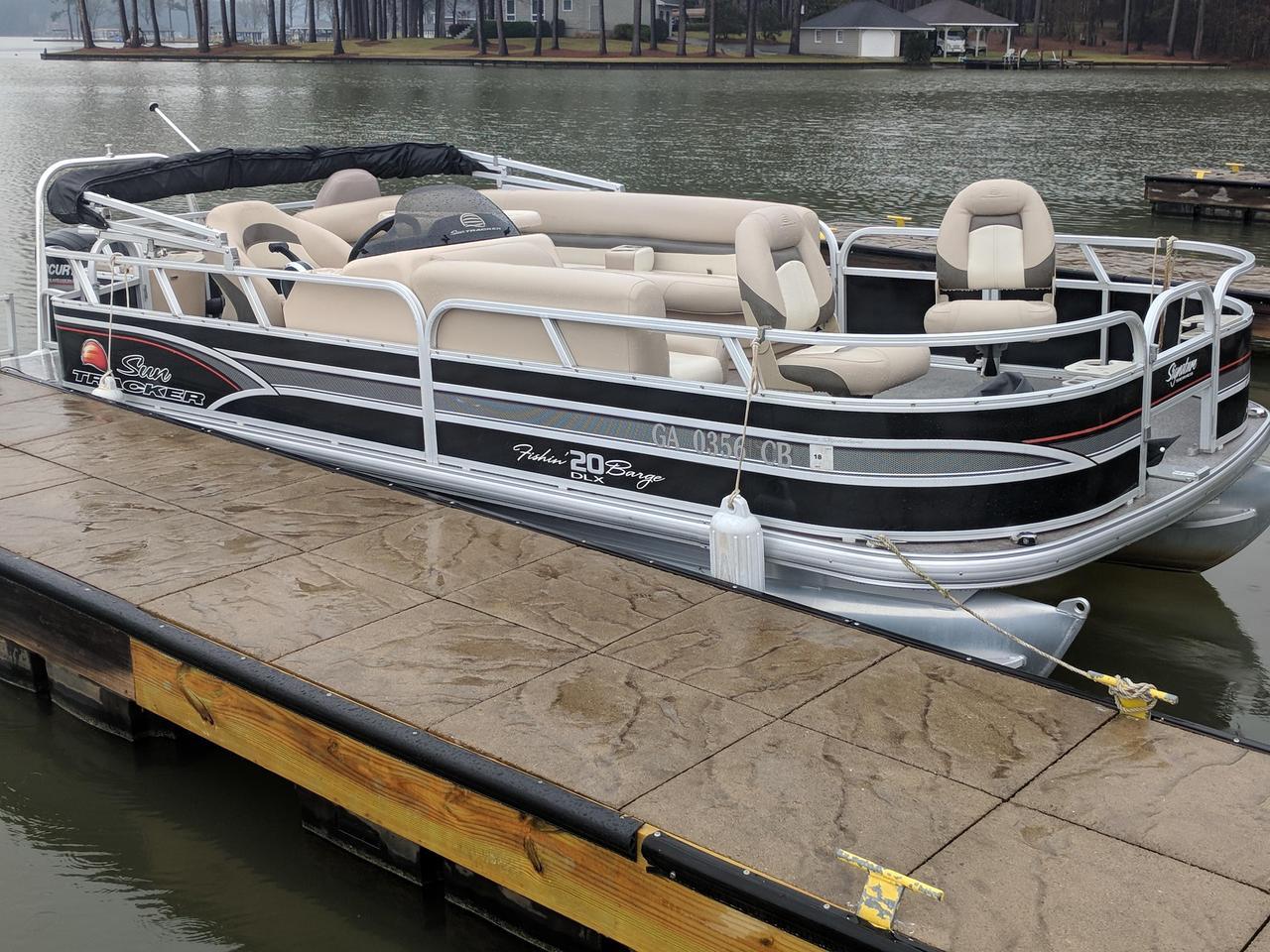 Sun Tracker Pontoon Boats >> 2015 Used Sun Tracker Fishin Barge 20 Dlxfishin Barge 20