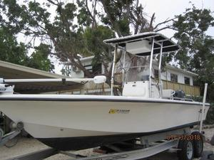 Used Mako 2101 Inshore Center Console Boat For Sale