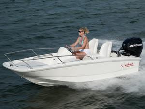 New Boston Whaler 130 Super Sport Center Console Fishing Boat For Sale