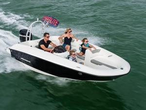 New Bayliner Center Console Fishing Boat For Sale