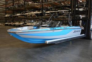 New Supreme S224S224 Ski and Wakeboard Boat For Sale
