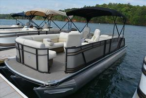 New Sanpan SP Series SP 2500 FESP Series SP 2500 FE Pontoon Boat For Sale