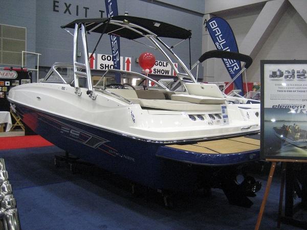 New Bayliner 195 Deckboat Deck Boat For Sale