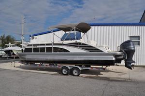Used Bennington 2575 QSB Pontoon Boat For Sale