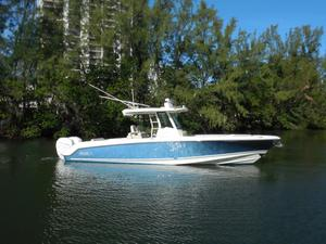 Used Boston Whaler 33 OUTRAGE Center Console Fishing Boat For Sale