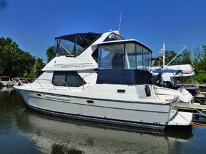 Used Bayliner 40' Bayliner 4087 Aft Cabin Motoryacht-3 cabins! Aft Cabin Boat For Sale