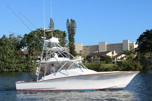 Used F&s Custom Express w/Seakeeper Sports Fishing Boat For Sale