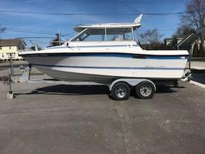 Used Bayliner Trophy 2159Trophy 2159 Cuddy Cabin Boat For Sale