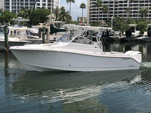 New Edgewater 280cx Dual Console Boat For Sale