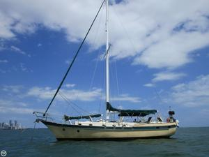 Used Csy 44 Mid-cockpit cutter Racer and Cruiser Sailboat For Sale