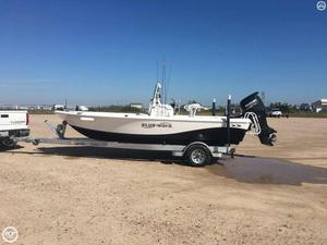 Used Blue Wave Pure Bay 2000 Bay Boat For Sale
