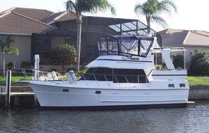 Used Heritage East Sundeck Trawler Boat For Sale