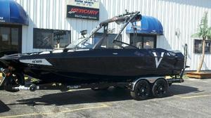 Used Axis Wake Vandall Edition A22Wake Vandall Edition A22 Ski and Wakeboard Boat For Sale